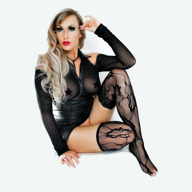 Lady Cherie Noir