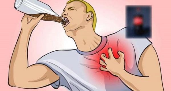 OTROV KOJI SVAKODNEVNO PIJEMO: Najsmrtonosniji napitak na svijetu, uništava zdravlje za 45 minuta!