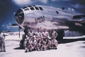 Enola-Gay-bomber