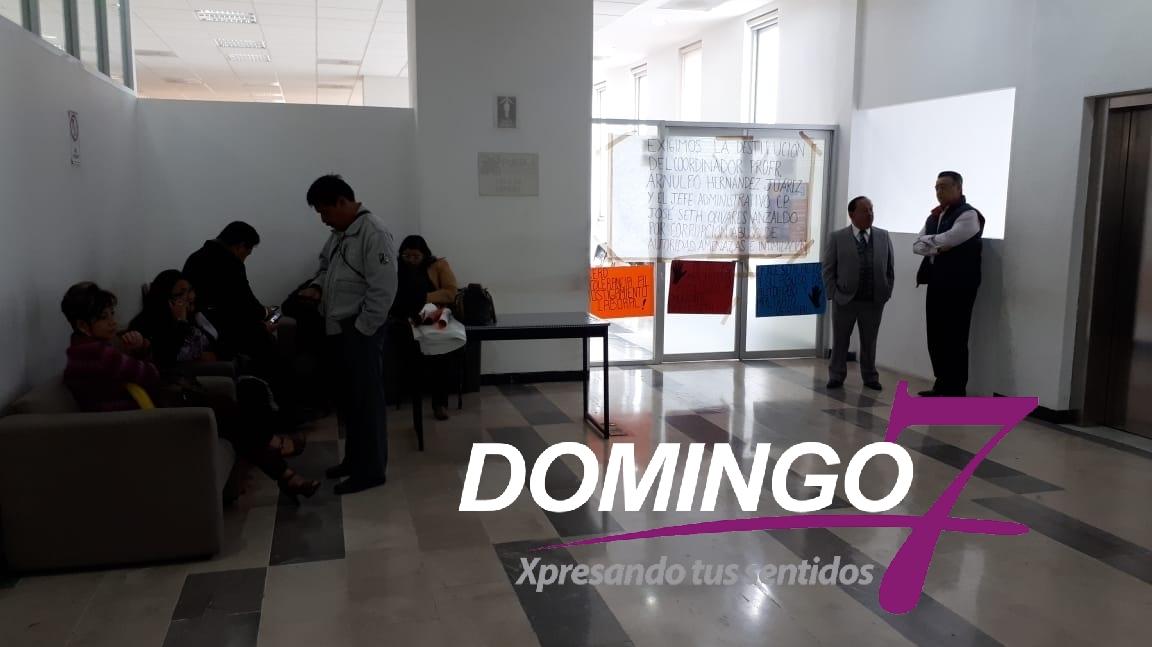 EXIGEN RENUNCIA DEL DIRECTOR DE LA CORDE 10