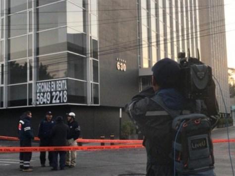 Resultado de imagen para Reportan hundimiento de edificio en Iztacalco