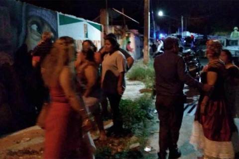 TRAS MATAR A 14 PERSONAS INCLUIDO UN BEBE, FEDERALES BUSCAN A LOS ASESINOS