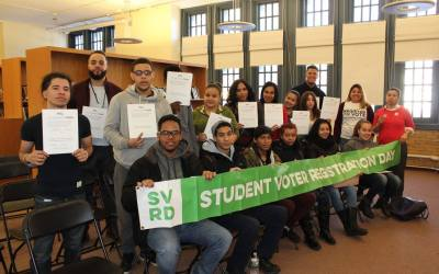 DUSA participates in Student Voter Registration Day at Walton High School