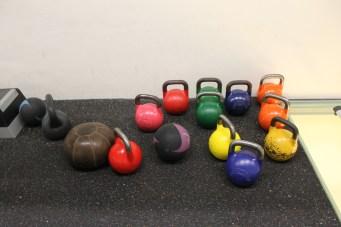 Kettlebells und Medizinbälle im HAW Studio