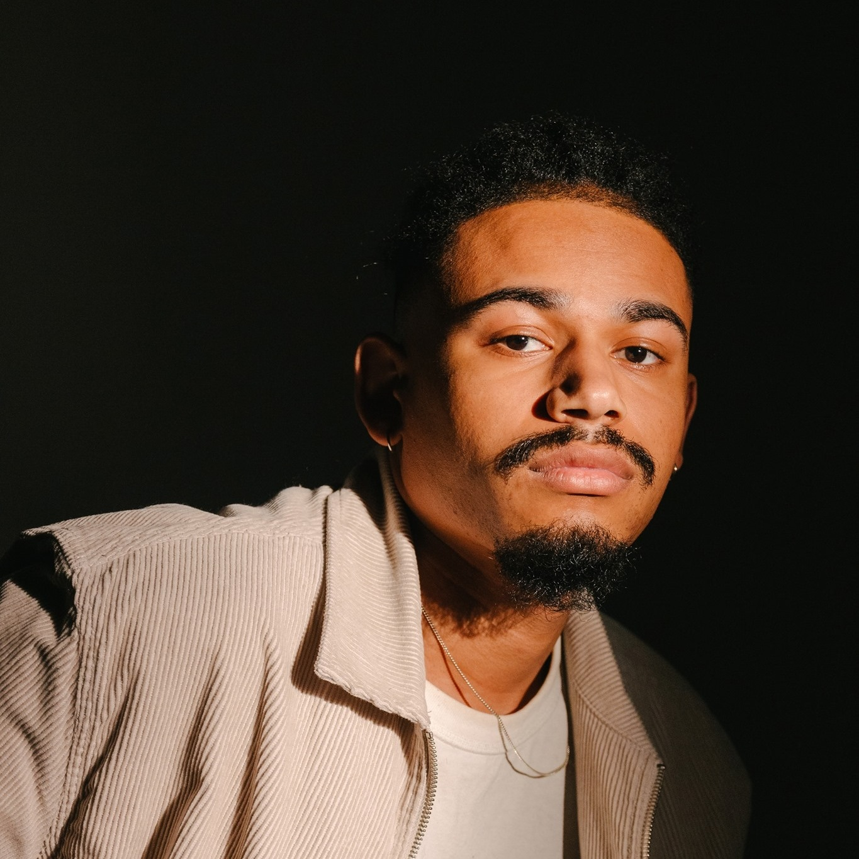 Photo of Vince The Messenger taken by photographer Gessy Robin Gislain