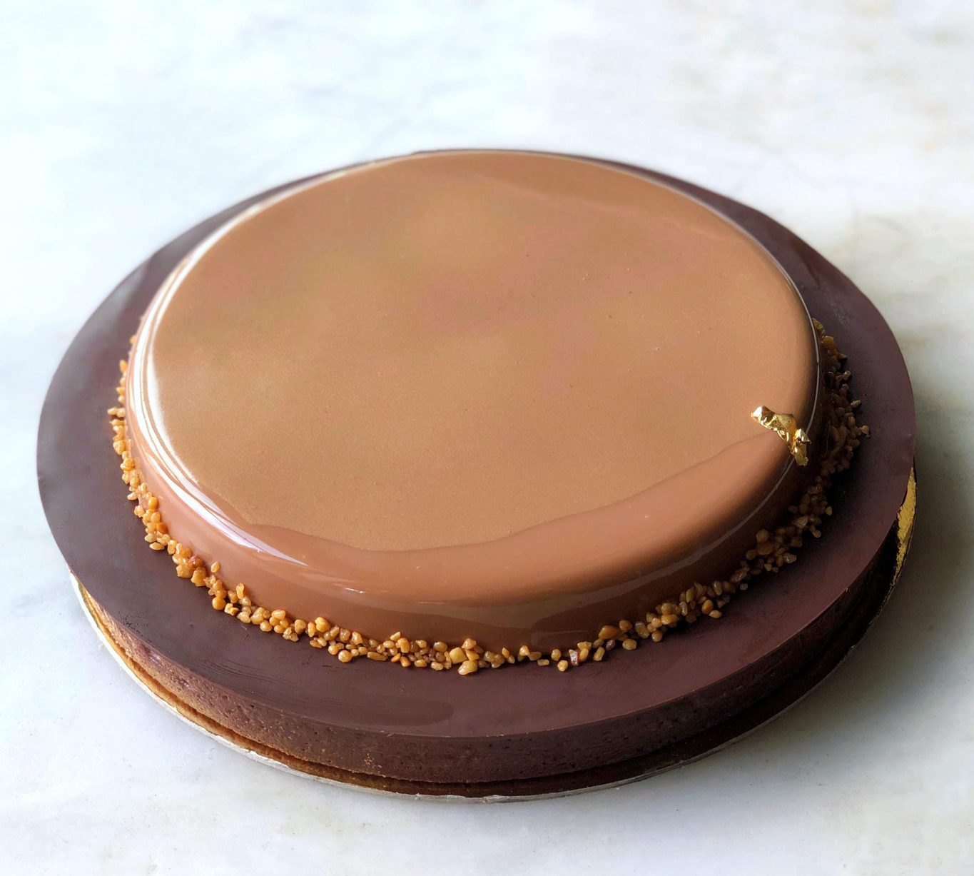 DAB Large liquid praline caramel chocolate tart