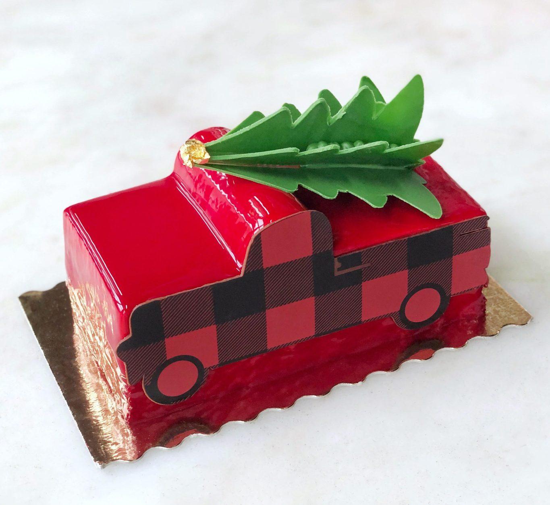 Apple Cinnamon Gingerbread Buche de Noel 2019