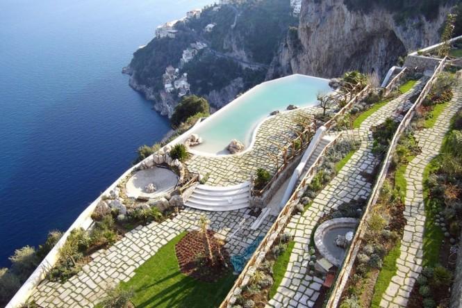 Дизайн отеля Monastero Santa Rosa в Италии