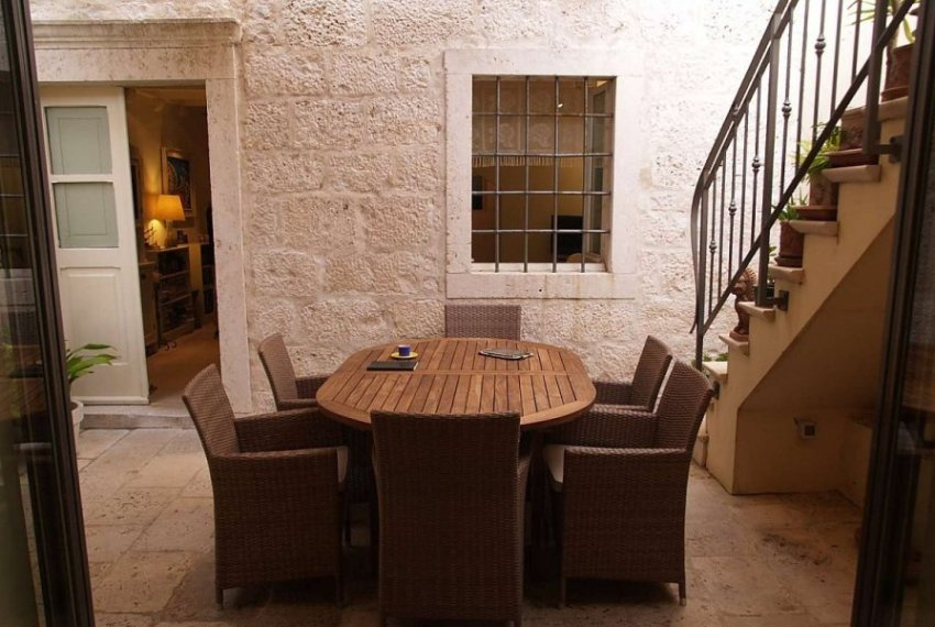 3319_Old-stone-house_6