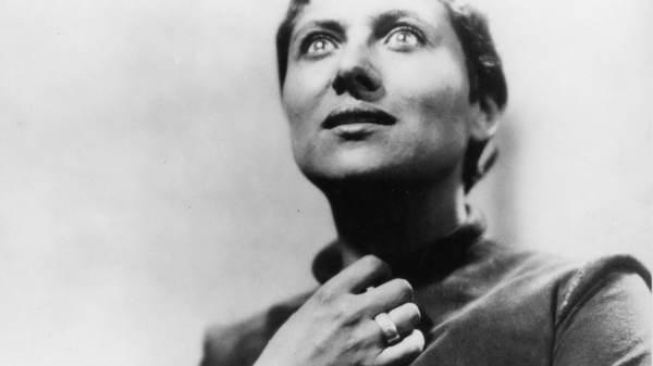 """Maria Falconetti in """"Die Passion der Jungfrau von Orleans"""" von Carl T. Dreyer aus dem Jahr 1928. Foto: picture-alliance / akg-images"""