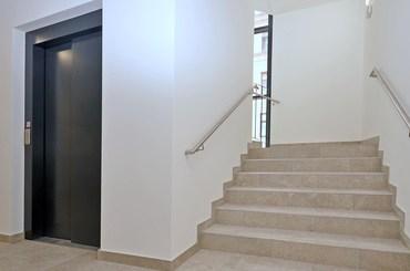 parties communes, cage escalier, ascenseur