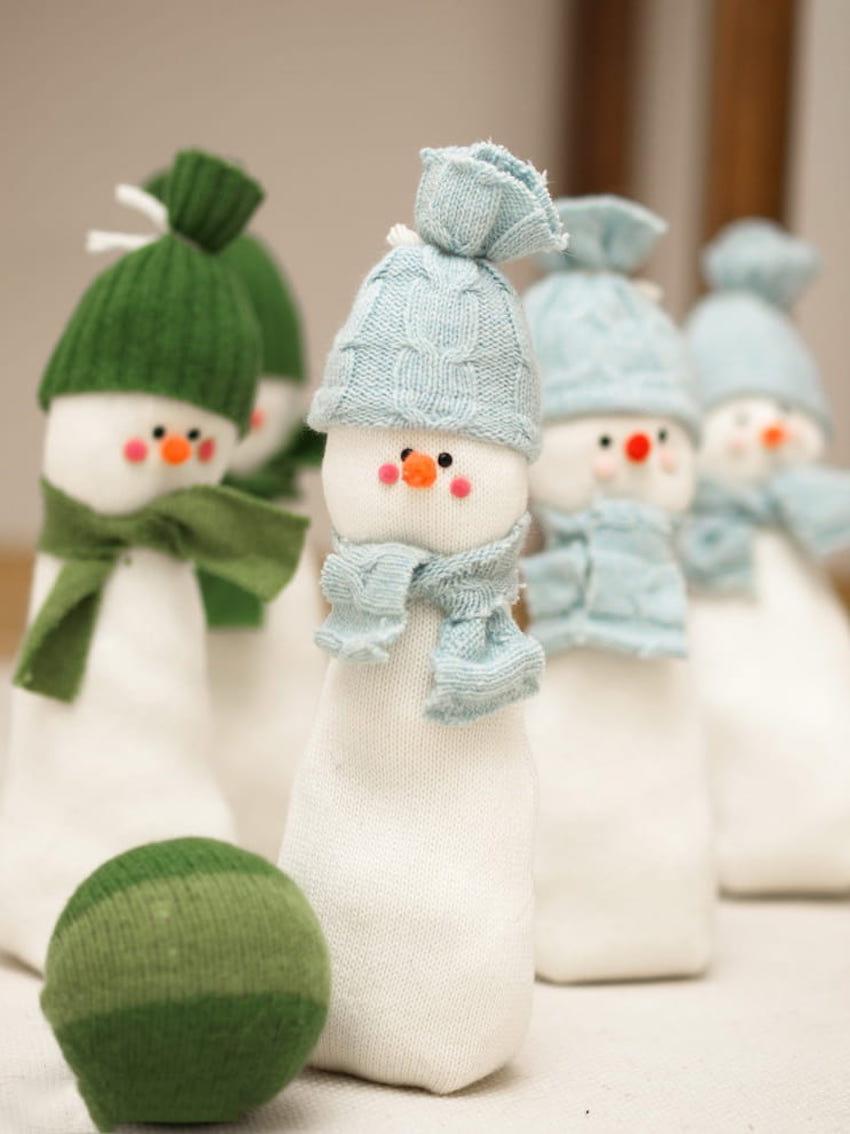 Setiap rakan atau rakan sebagai hadiah pada seorang salji yang menarik