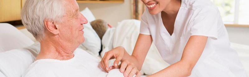 10 Dicas para cuidar de pessoas acamadas