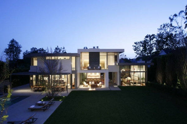 Резиденция Brentwood от MLK Studio & Belzberg Architects