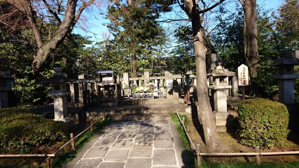 世田谷松陰神社の吉田松陰墓所