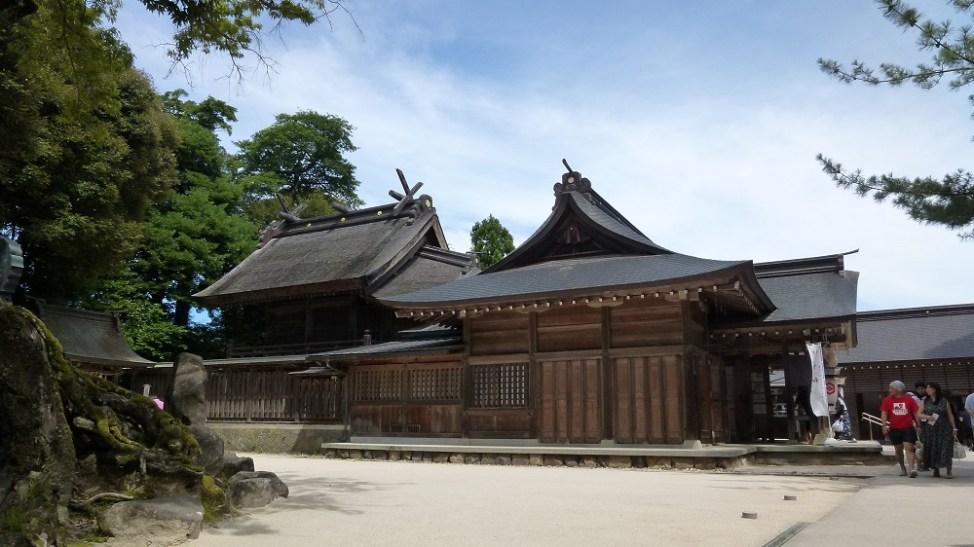 八重垣神社のご本殿