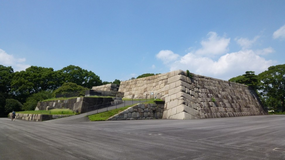 皇居東御苑の天守台
