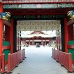 神田神社(神田明神)。随神門から見る拝殿