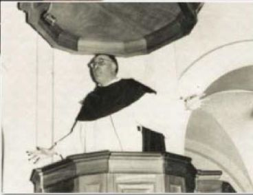 As a young preacher, Fr. Royo Marin attracted multitudes.