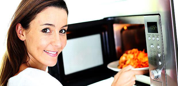Praticidade da Culinária com Forno de Micro-ondas