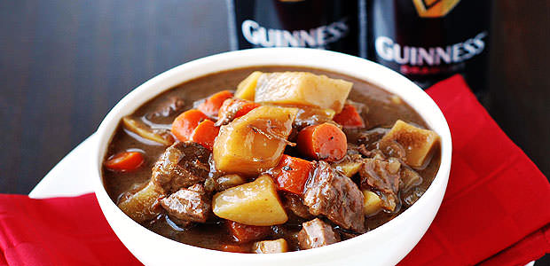 Ensopado de Carne Assada com Cerveja e Legumes à Irlandesa