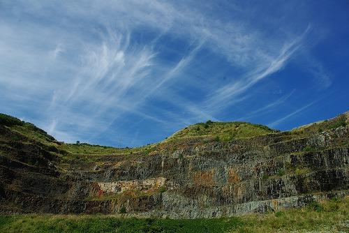 日浦洞門3 柱状節理と雲