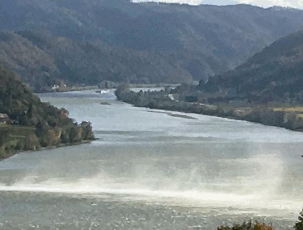 donauradweg Kaltfronten sorgen für stürmisches Wetter im Donauraum.