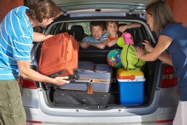 gepäcktransport im Auto