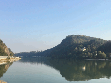 neuer Abschnitt am Donauradweg von Puchenau nach Linz