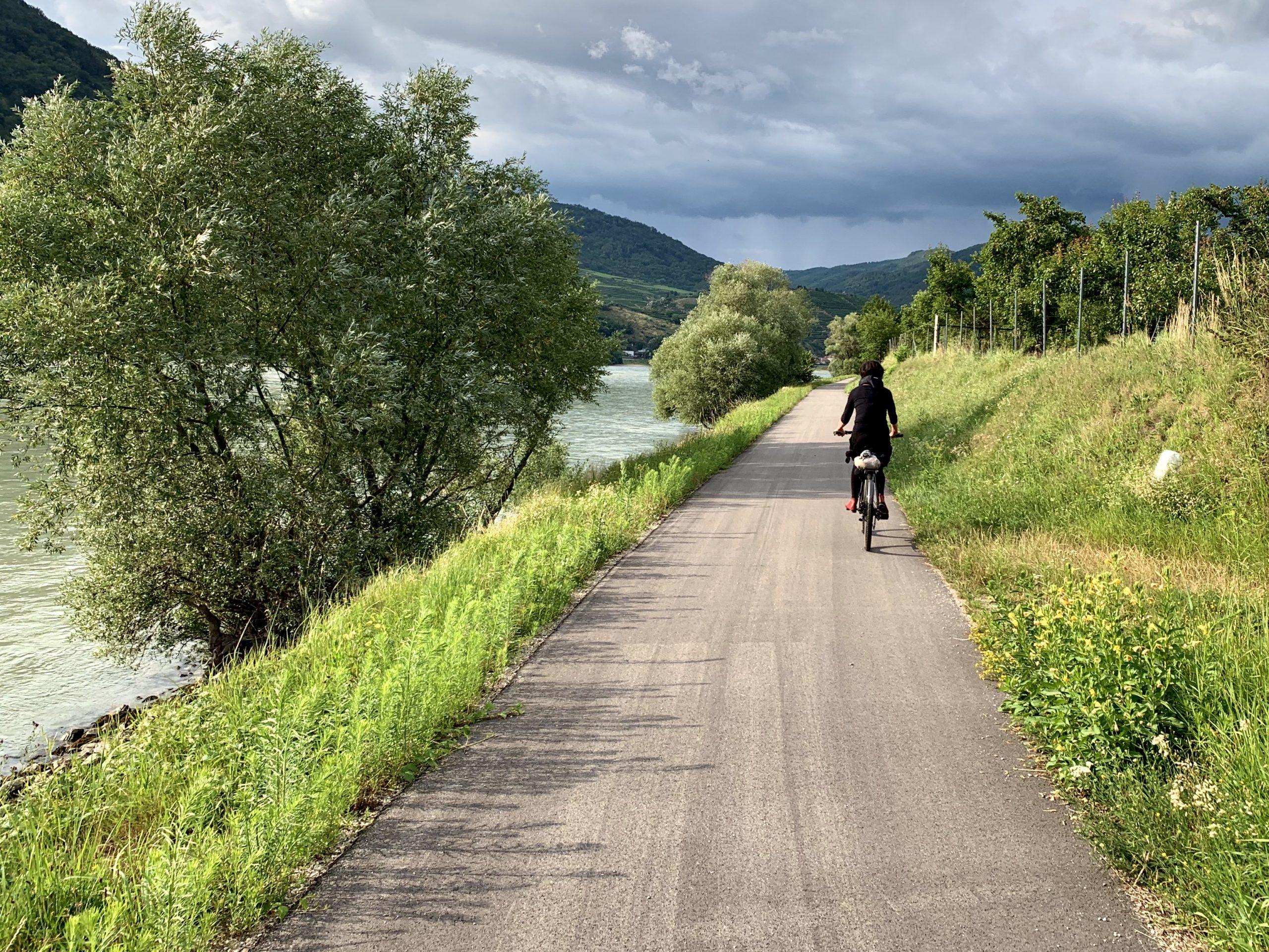 Dunajská cyklostezka Passau Vídeň poblíž Arnsdorfu