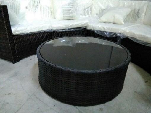 Mesa redonda. Conjunto de jardín - sofá y mesa - Ibiza