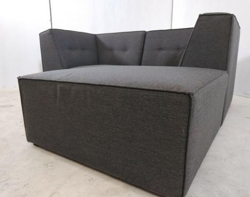 Puf. Sofá modular pequeño (2 plazas) de color gris más puf - Modules