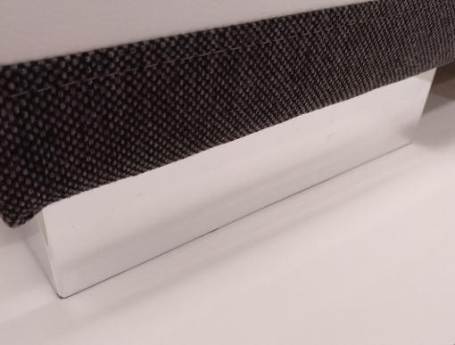 Patas metálicas. Sofá cama con chaise longue - Caicos