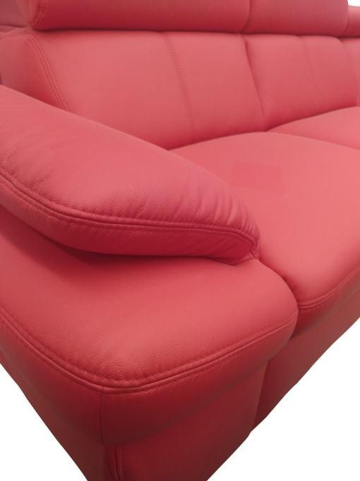 Reposabrazos ajustables. Sofá rinconera en piel auténtica de color rojo - Verona