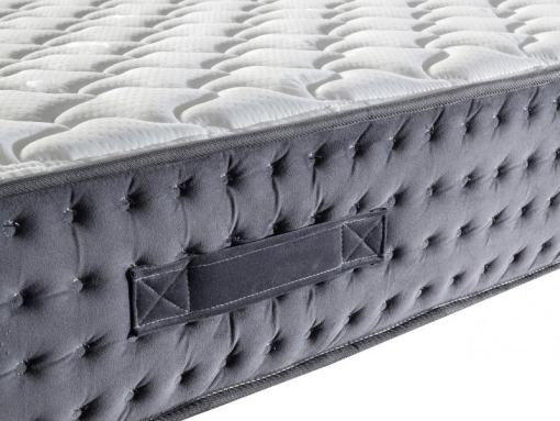 Side Handle to Move the Mattress. Pocket Spring Mattress - Silenso