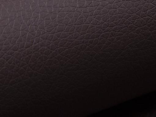 Piel sintética de color marrón del sofá 8 plazas modelo Chessy