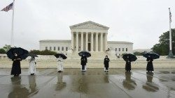 U.S. Bishops welcome Supreme Court ruling on religious liberty