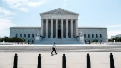 US Supreme Court affirms right to choose ministers