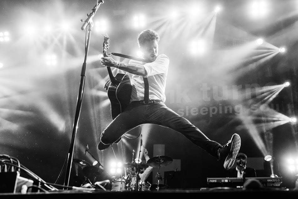 Frank Turner live - May 2016 credit Lotte Schrander.jpg