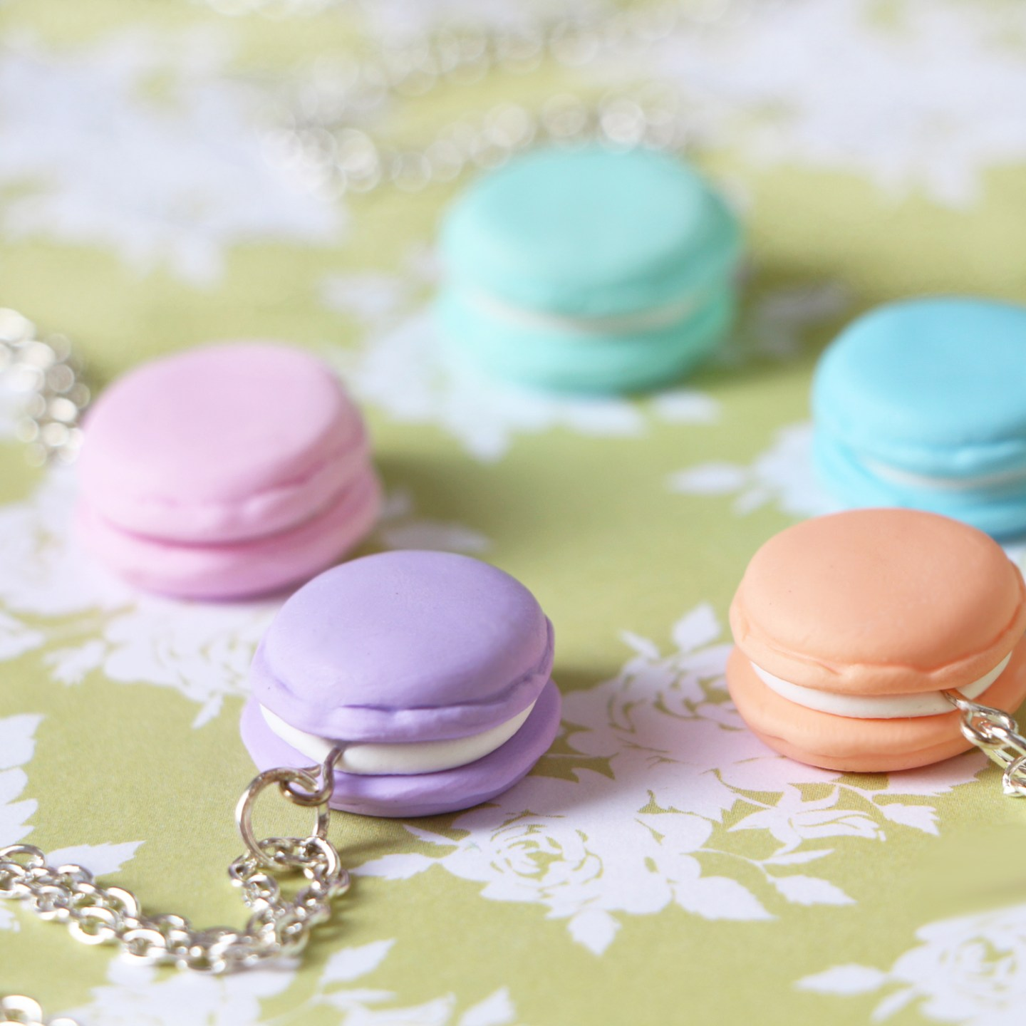 macaroon necklace2