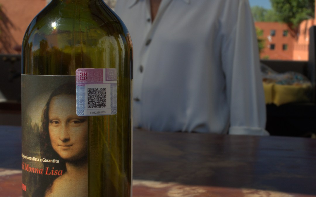 I've got my Monna Lisa smile on. A new shipment of Chianti has arrived in San Miguel.