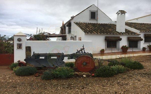 Finca la Caballera admite perros en Córdoba