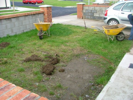 small-patches-front-gardens-landscape-problems