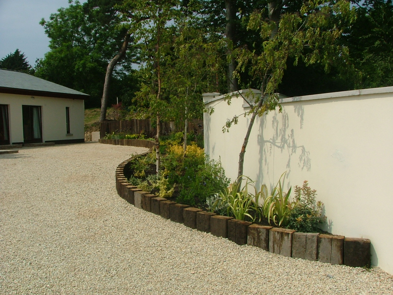 small garden… any ideas? - Peter Donegan Landscaping and ...