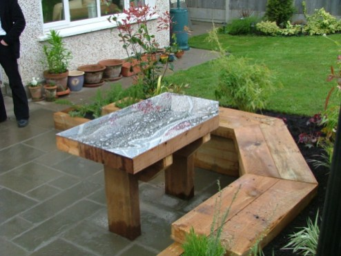 small-garden-mirror table and built in seating