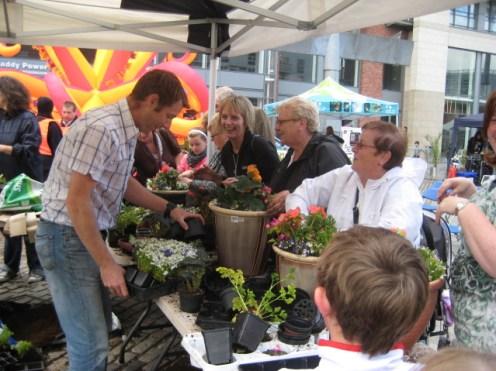 urban-garden-smithfield plant demonstration