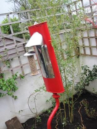 red exhaust pipe bird feeder (24)