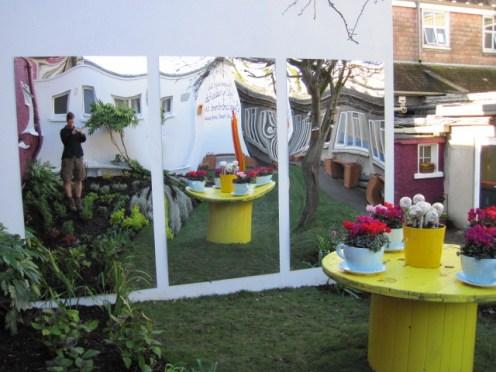 garden mirrors