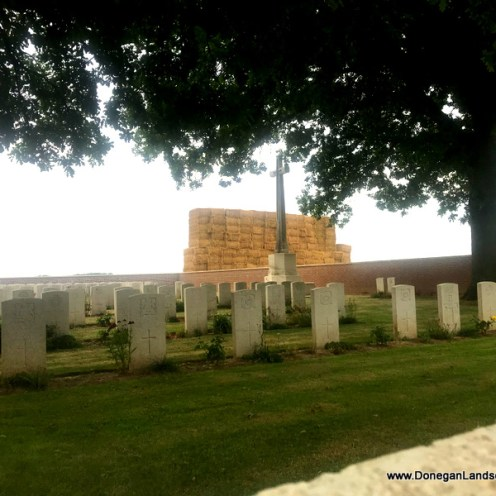CWGC cemetery, Somme (2)