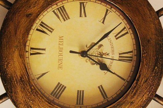 2 chiếc đồng hồ